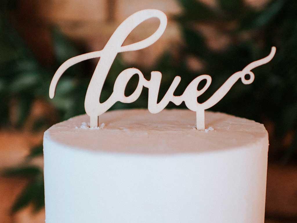 Hochzeitstorten-Topper-LOVE.